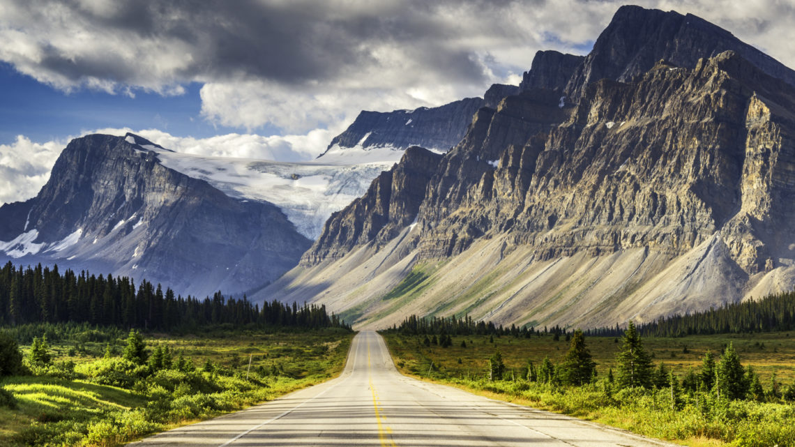 How to Enjoy Travelling Inside Canada?